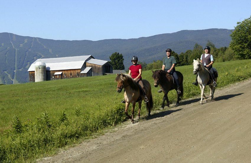 Enjoy the lush countryside on the Sugarbush Tolt Trek horseback riding vacation in Vermont